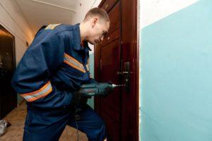 Как Достать Обломок Ключа из Замка Двери — пошаговая инструкция с фото