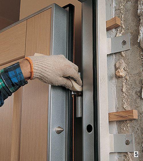 Чем Можно Смазать Дверь Чтобы не Скрипела — пошаговая инструкция