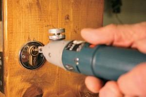 Как Открыть Железную Дверь Без Ключа Самостоятельно — расчеты и монтаж