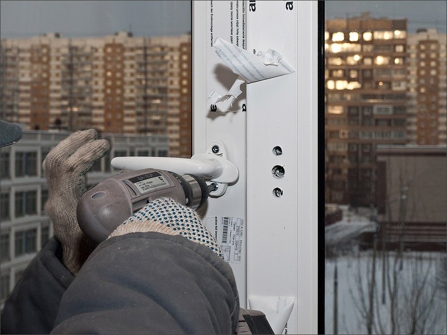 Как Отрегулировать Пластиковую Балконную Дверь По Высоте — расчеты и монтаж