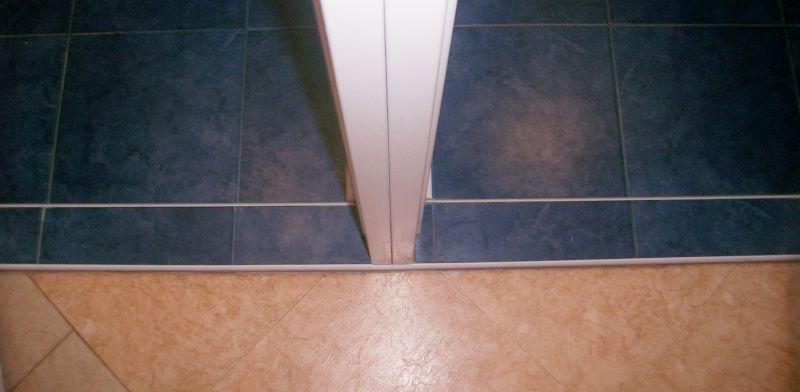 Как Сделать Порог в Ванной и Туалете — пошаговая инструкция