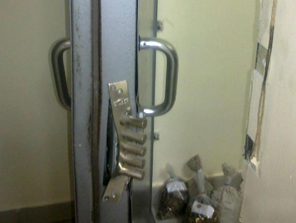 Не Открывается Дверь в Квартиру Что Делать — пошаговая инструкция с фото