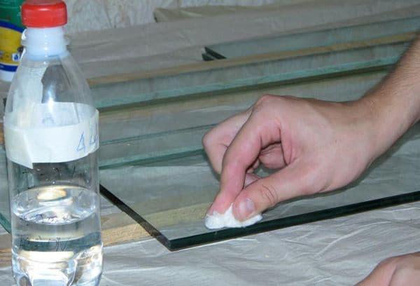 Чем Отмыть Наклейки со Стекла Пластиковых Окон - советы