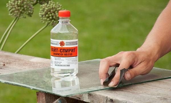 Чем Оттереть Клей от Скотча с Пластика - делаем правильно
