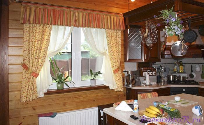 Занавески в Деревенском Доме с Маленькими Окнами - делаем правильно