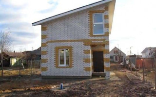 Планировка двухэтажных домов 6 на 8: функциональное использование пространства и нюансы при проектировании