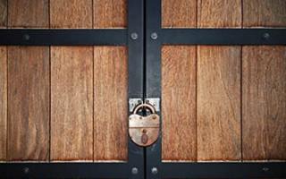 Как Открыть Дверь Если Ключ не Поворачивается — пошаговая технология с фото