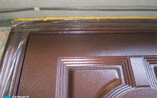 Чем Отмыть Монтажную Пену с Металлической Двери — этапы и методика