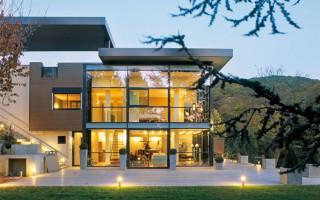 Дома в стиле хай-тек: особенности новейших технологий