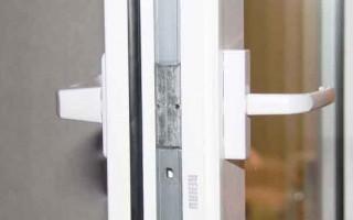 Как Поставить Защелку на Пластиковую Балконную Дверь — пошаговая технология с фото