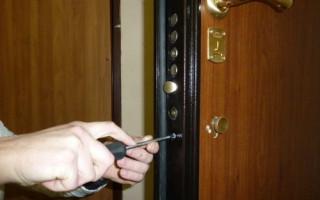 Замена Личинки в Железной Двери в Квартире — пошаговое фото для начинающих
